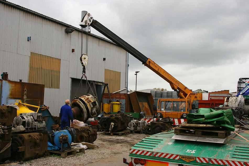 ETH generator being offloaded at Bowers