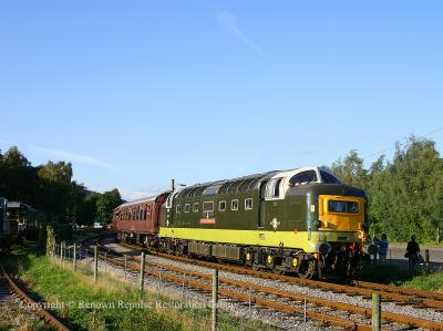 D9016 departs Rowsley South station for the last time