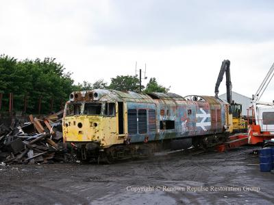 50040 being unloaded at the scrapyard 27th June 2008