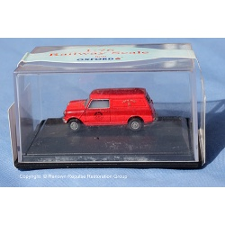 76mv007_mini_van_royal_mail_web