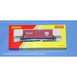 R6474 Hornby Railroad long wheelbase box van